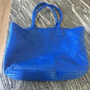 """Urban expressions blue """"waffle"""" tote"""